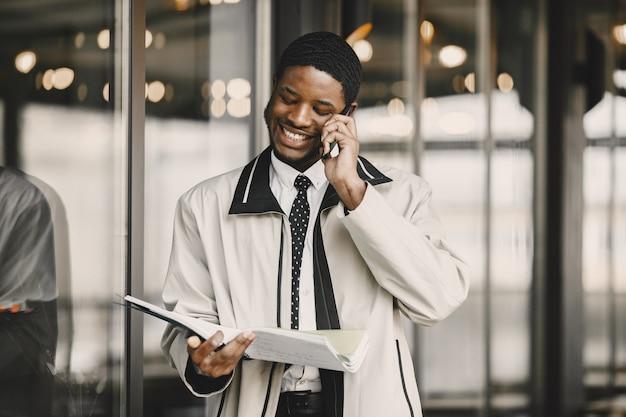 아프리카 계 미국인 비즈니스 회의 준비
