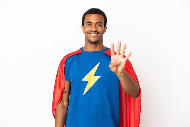 고립 된 흰색 배경 위에 아프리카 계 미국인 슈퍼 영웅 남자 행복 하 고 손가락으로 4 세