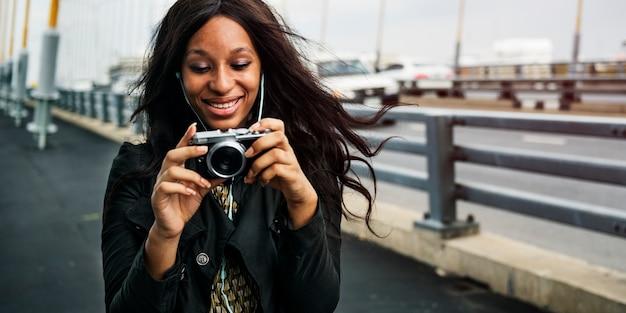 아프리카 계 미국인 여자가 복용 photo