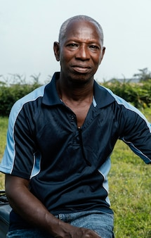 Ritratto dell'uomo anziano africano