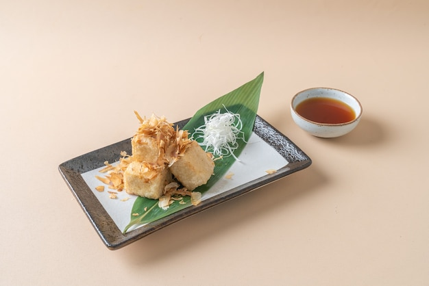 (age dashi tofu) crispy deep fried tofu served with soy sauce - japanese food style