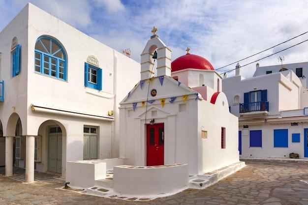 ギリシャミコノス島のアギアアンナ教会