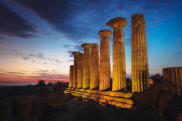 Agrigento temple heracles at sunset. italy.