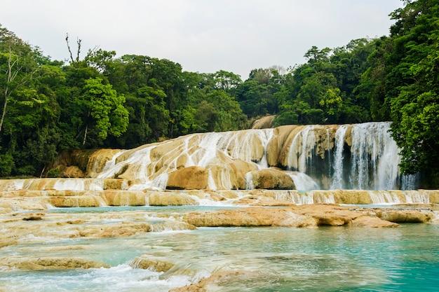 Агуа азул водопад в мексике