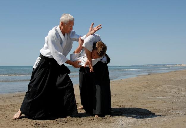 Айкидо на пляже