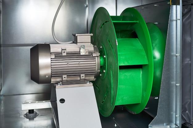 エアハンドリングユニット内部外部モーター排気プレナムファン。