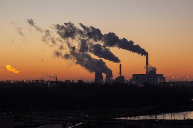 Загрязнение воздуха выбросами тепловых электростанций