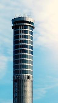 管理するスワンナプーム国際空港バンコクタイの航空交通コンタクトセンタータワー