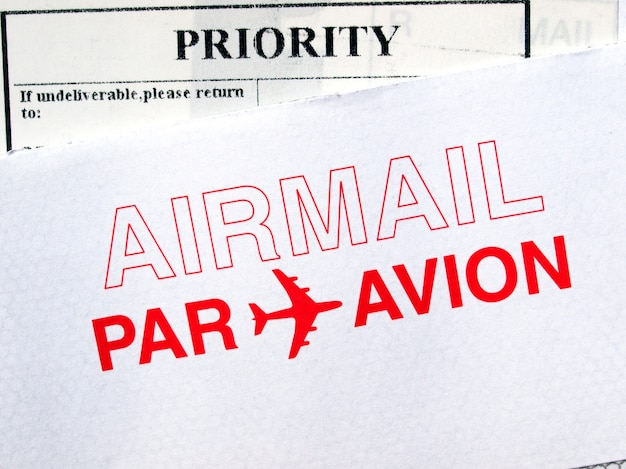 航空便の手紙の封筒