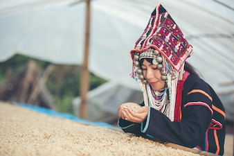 Akha women smiled and admired the coffee