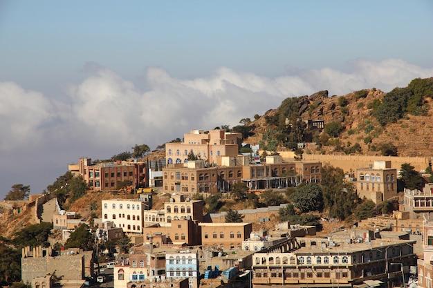 Al-mahwit village in mountains, yemen
