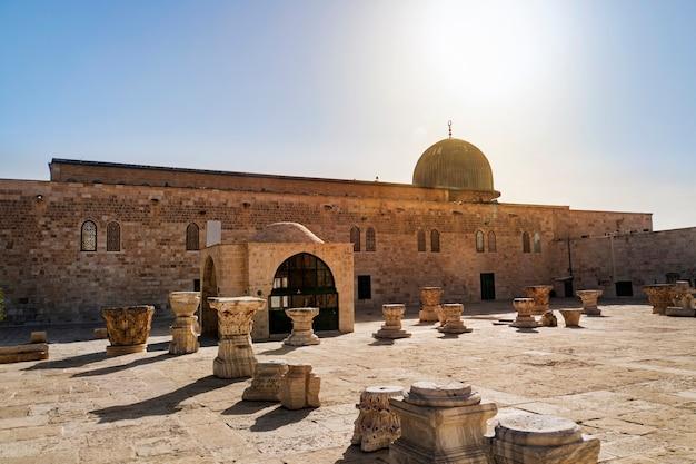 Al-masjid al-aqsaは、エルサレムの寺院の山にあるモスクです。メッカのマスジドハラームとメディナの預言者のモスクに次ぐ、イスラム教で3番目に聖なる場所です。テンプルマウント、エルサレム、イスラエル。