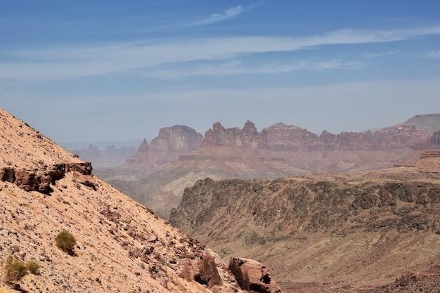 アルシャクグレートキャニオンサウジアラビア