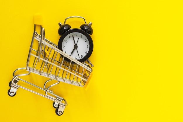 黄色のミニショッピングカートの目覚まし時計