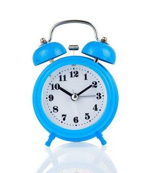 Часы-будильник изолированные