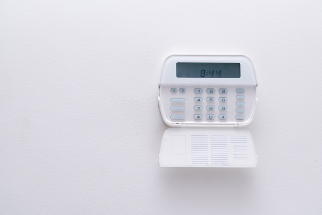 アパートや営業所の警報システム。
