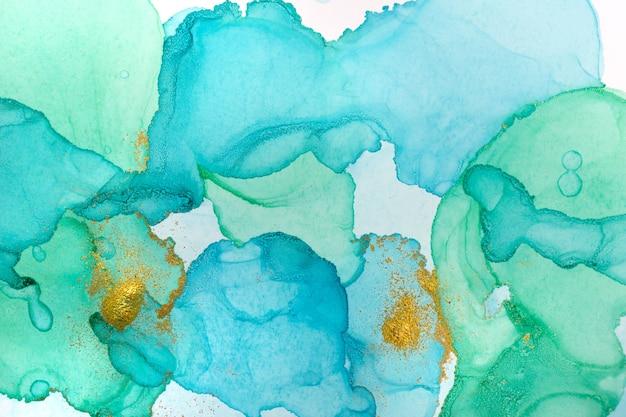 アルコールインクブルー抽象的な背景。オーシャンスタイルの水彩テクスチャ。青と金の塗料汚れイラスト