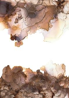 Цвета спиртовых чернил полупрозрачные. абстрактный коричневый. черный и золотой мрамор текстуры фона. дизайнерская упаковочная бумага, обои. смешивание акриловых красок. современное жидкое искусство.