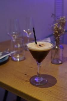 Алкогольный коктейль на основе кофе и водки