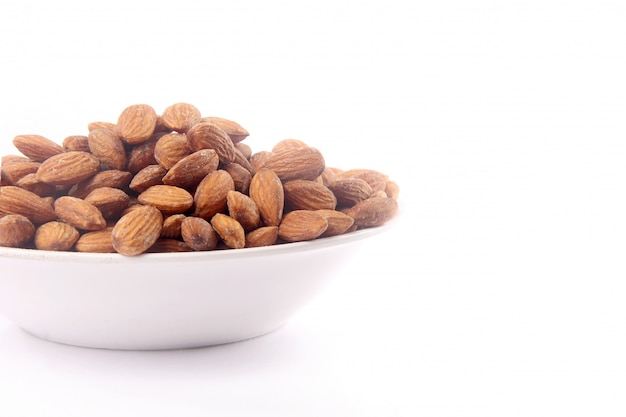 Almond in bowl