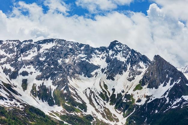 Альпы горы пассо-дель-сан-готтардо или св.
