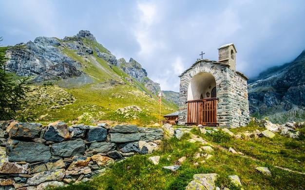 Alps surronding chapel