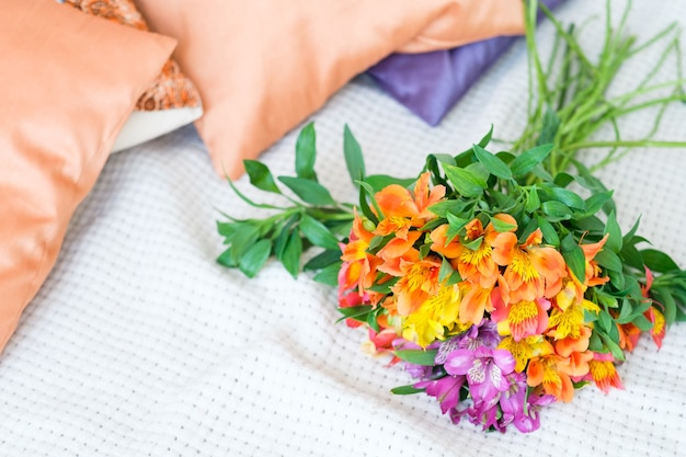 アルストロメリアの花束。