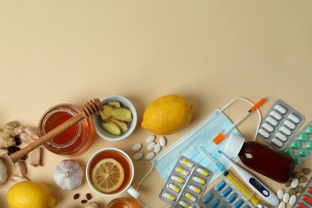 お茶と錠剤による代替の風邪治療