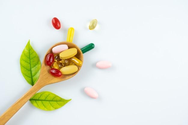 Альтернативные лечебные травы, витамины и добавки из натуральных