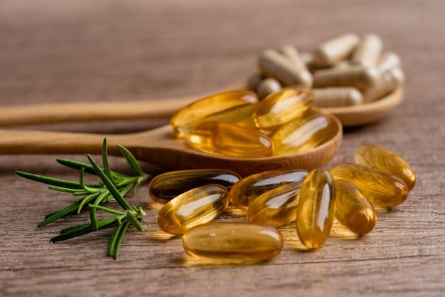 ビタミンeオメガ3魚油を含む代替医療ハーブ有機カプセル