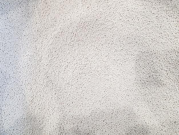 気体と液体を乾燥させるためのアルモゲルとシリカゲルアルモゲルとシリカゲルの白い背景