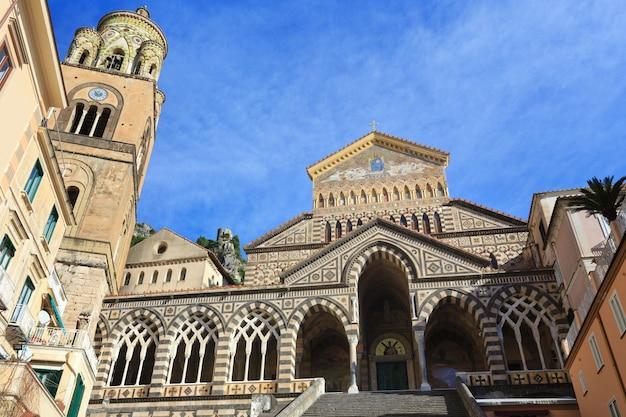 Амальфитанский собор или собор святого андрея. построен в 9 веке.