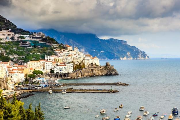 아말피 해안 남쪽 이탈리아