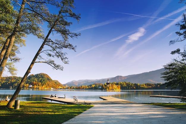 アメージングブレッド湖スロベニアヨーロッパ