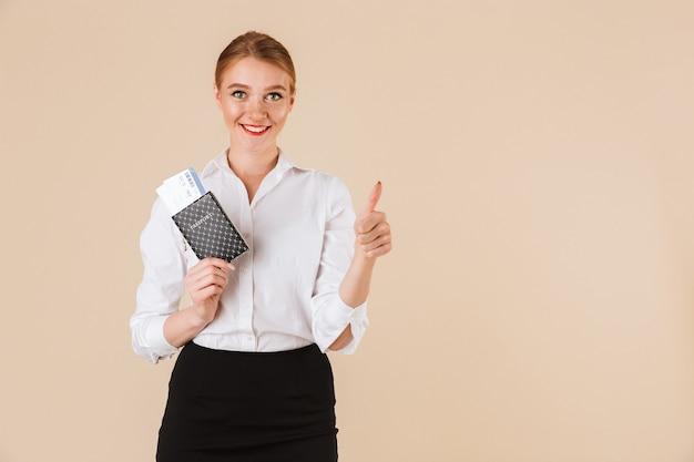 Amazing business woman showing thumbs up.