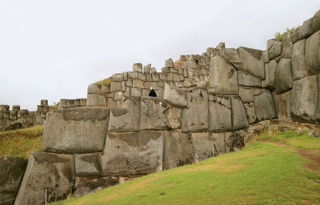 Amazing huge ancient inca stone wall of sacsayhuaman fortress, cusco, peru, south america