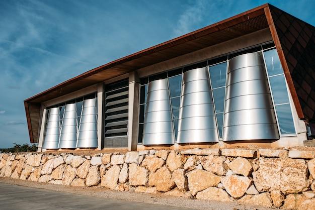Удивительная винодельческая архитектура