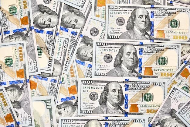 American bills of a hundred dollars