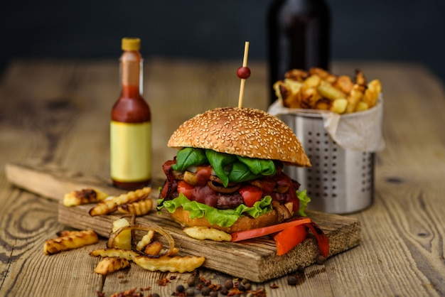 American burger and french potatoes