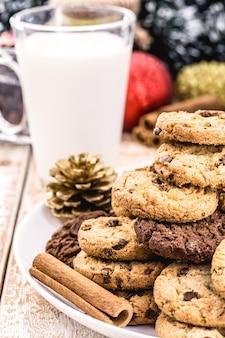 アメリカのクリスマスの伝統、サンタクロースのクッキー、アメリカのクリスマスの夜