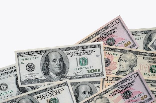 미국 달러 지폐 배경 흰색 배경입니다.