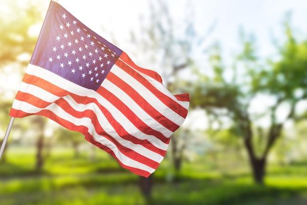 Американский флаг в день памяти, 4 июля, день труда. день независимости.
