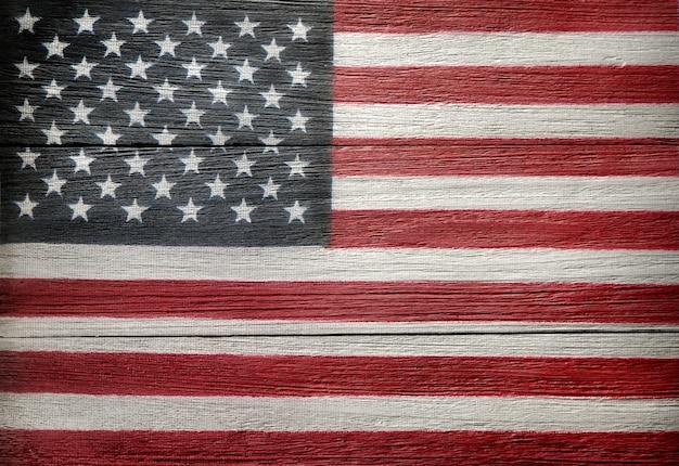 Американский флаг сша на старой деревянной поверхности день независимости 4 июля