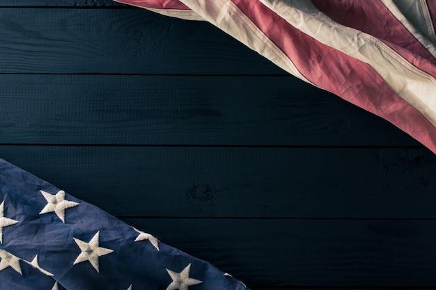 黒のアメリカ国旗