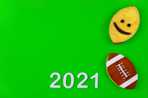 2021年のアメリカンフットボールの試合シーズンの背景。