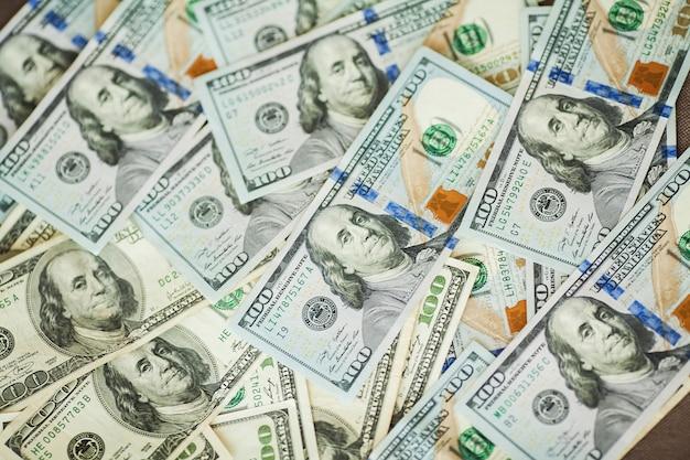 American money bills of 100 american banknotes