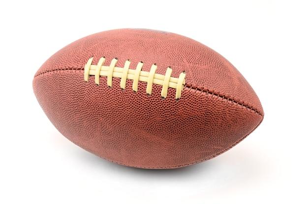 Американский мяч для регби, изолированные на белом фоне