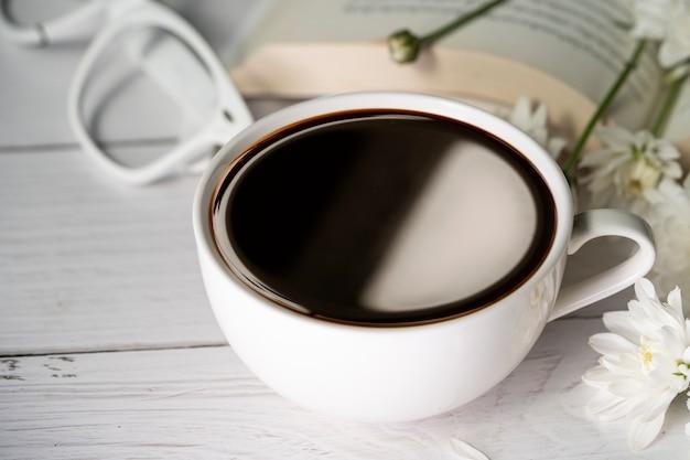 Americano coffee on table Premium Photo