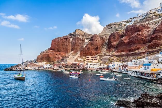Oia, 산토리니 섬, 그리스의 amoudi 포트