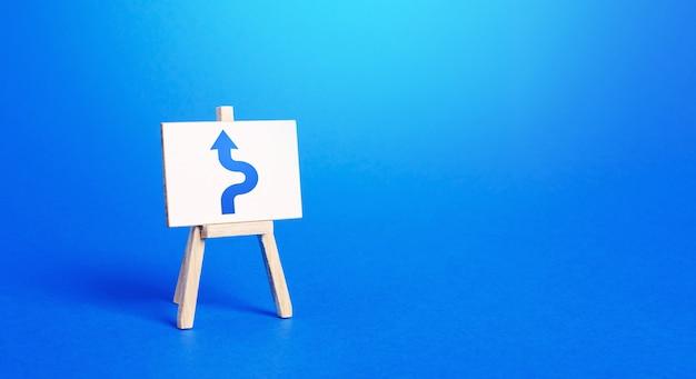 장애물을 피하는 파란색 화살표가있는 이젤. 기동, 올바른 행동.